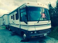 2002 Winnebago adventure 35u