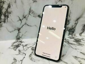 Brand new iPhone XS 64gb Gold unlocked 2 yrs apple warranty Surfers Paradise Gold Coast City Preview