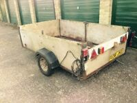 Car trailer with good working electrics