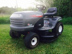 2005 Craftsman Lawn Tractor! Brand new engine with warranty!