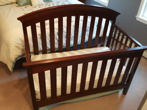 Wooden Baby Crib with Mattress and Bedding