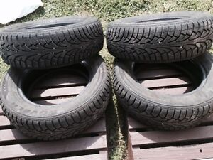 NEW - ROVELO winter tires - Size 185/65R14