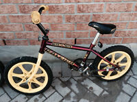 Boys bike suitable for ages 5-7