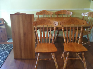 Kitchen Table &chairs