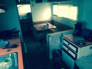 28ft fifth wheel camper need gone at end of month