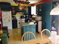 Cuisines / armoires, comptoirs et accessoires
