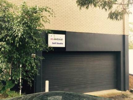 * Warehouse or Car related service space rent on North busy road