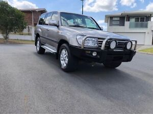 2005 Toyota Landcruiser V8 Petrol Automatic Leather seats 1 year warranty Underwood Logan Area Preview
