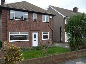 2 bedroom flat in Standard Road, Bexleyheath, Kent, DA6