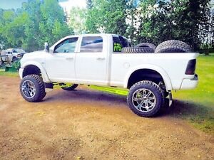 2011 ram 3500 Laramie LIFTED with TONS of goodies!!!!