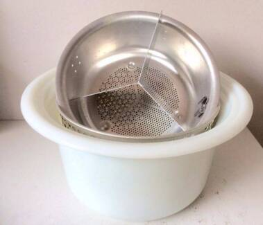 Glass bowl, steamer, deep fryer basket for 1980s crock pot.