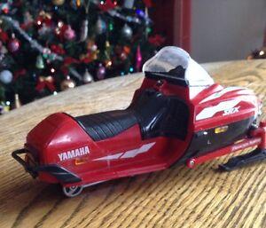 Vintage (1999) Ski-doo Yamaha. Mountain SRX-700 Gatineau Ottawa / Gatineau Area image 7