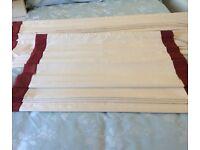 Roman blinds cream /deep red