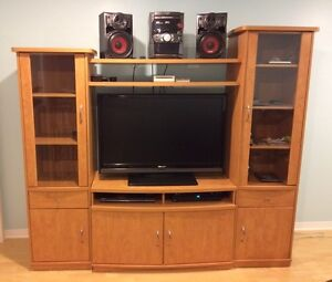 TV Unit with 2 Side Columns