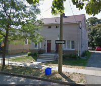 Fantabulous!!! 1BR Apartment in the HEART of St. Catharines