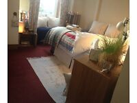 Room (single), Bed and Breakfast, or self catering!