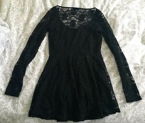 Aritzia Dilemma Lace Dress Strathcona County Edmonton Area image 4