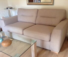 Modern 3-Seater with reversible cushions