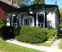Beautiful Renovated Downtown House 4 bedrooms +