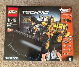 Lego Technic Volvo L350F New