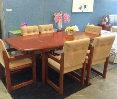 DELIVERY TODAY 7 pcs EXTENDABLE SOLID WOOD Dining table & chairs Perth Region Preview
