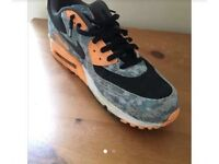 NIKE LIMITED EDITION SIZE 12