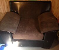 FAUX LEATHER AND MICROFIBRE LARGE CHAIRS