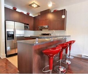 4 1/2 condo Old Montreal/Vieux Port w/ garage + Avail Aug 14