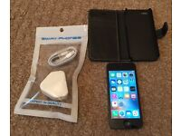 iPhone 5 excellent condition UNLOCKED