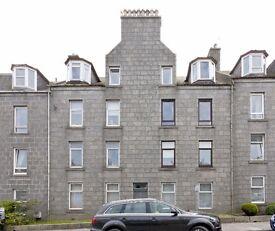2 bedroom flat in Rosemount Place, Rosemount, Aberdeen, AB25 2XA