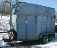 2 HORSE TRAILER with Front and Back Ramps - 7' Inside Height