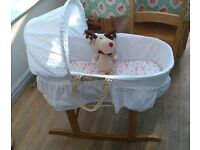 Clair de Lune Palm Moses Basket and rocking stand