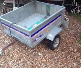 Trailer France 4 by 3 in good condition
