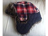 Children's hat, age 4-8, warm & cozy