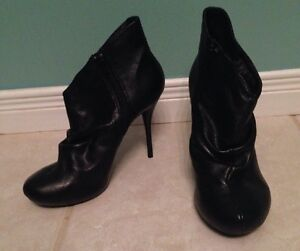 Roberto Vianni Black Ankle Heel Boots Size 8