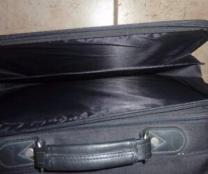 Targus laptop bag Kitchener / Waterloo Kitchener Area image 2