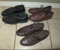 3 pairs of leather shoes, men's 7