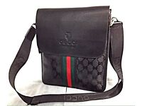 **GUCI/LOUIS VUITTON/ARMANI**MESSENGER SIDE POUCH BAGS**