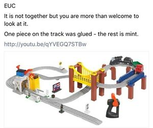 Battery powered train set Belleville Belleville Area image 1