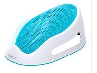 Angelcare Soft Baby Bath Support / bath chair -- Blue
