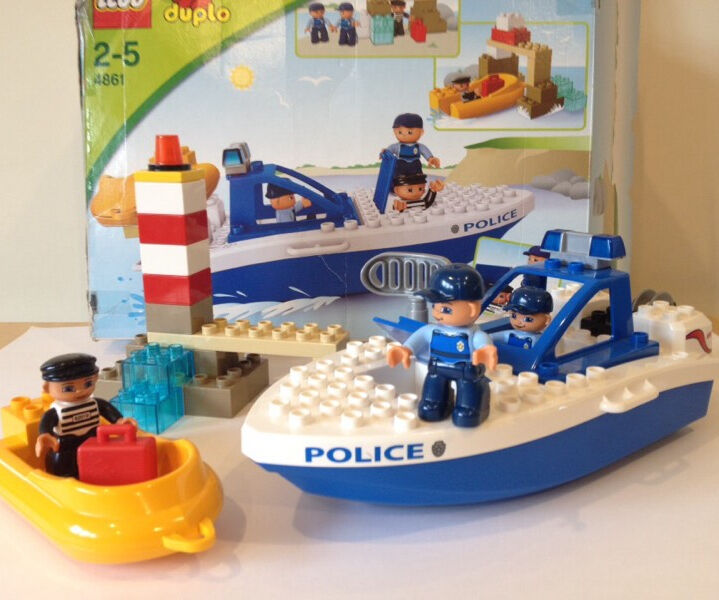 Lego Duplo 4861 Police Boat Chase In Corstorphine
