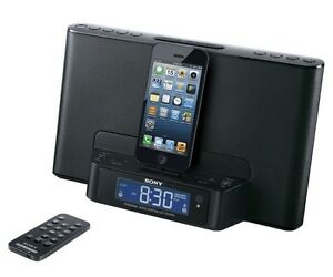 iPod or iPhone dock for iPhones 5 and 6