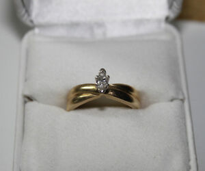 14K gold solitaire engagement ring marquise cut with appraisal Kingston Kingston Area image 1