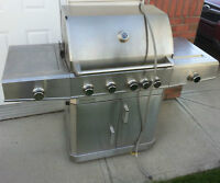 PC Natural Gas Deluxe Model Barbecue / BBQ (Airdrie)