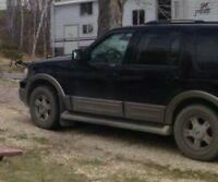 2003 Ford Expedition SUV, Crossover Eddie Bauer