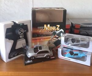Mini-Z  RC- PT - Crusier + more pieces of car body's