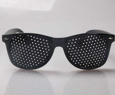 Rasterbrille Lochbrille Pinhole Glasses Nadelöhr Augentrainer Entspannung