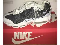 Nike AirMax new in box ultras ? Size 6 and 7 cheapest around