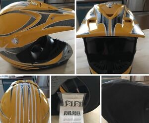 NWT Snowmobile Helmets Peterborough Peterborough Area image 1