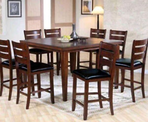 ☆ Dining Set Sale ☆ Dining Table and 6 Chairs